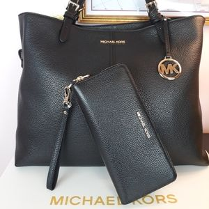 🆕️💕Michael Kors Black Pebble Leather Matching Se